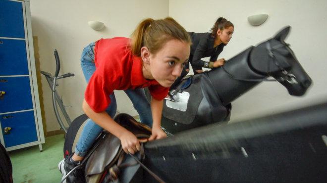 Entraînement sur cheval mécanique